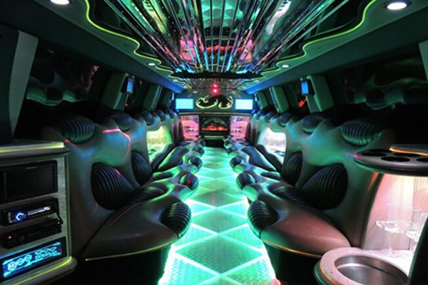 14 Person Hummer Limo Rental Portland